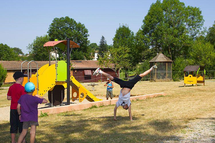 air-de-jeux-camping-albi-tarn-parc-enfants-02