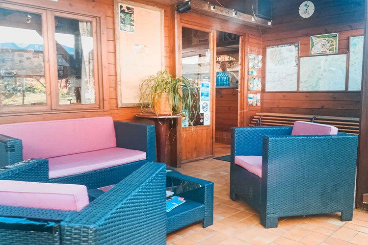salon-extérieur-bar-snack-camping-albi