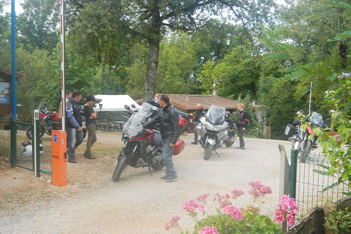 sejour-groupe-motards-famille-camping-tarn-albi-1